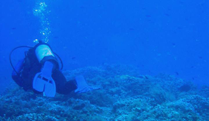 Scuba Diving and the Social Loneliness